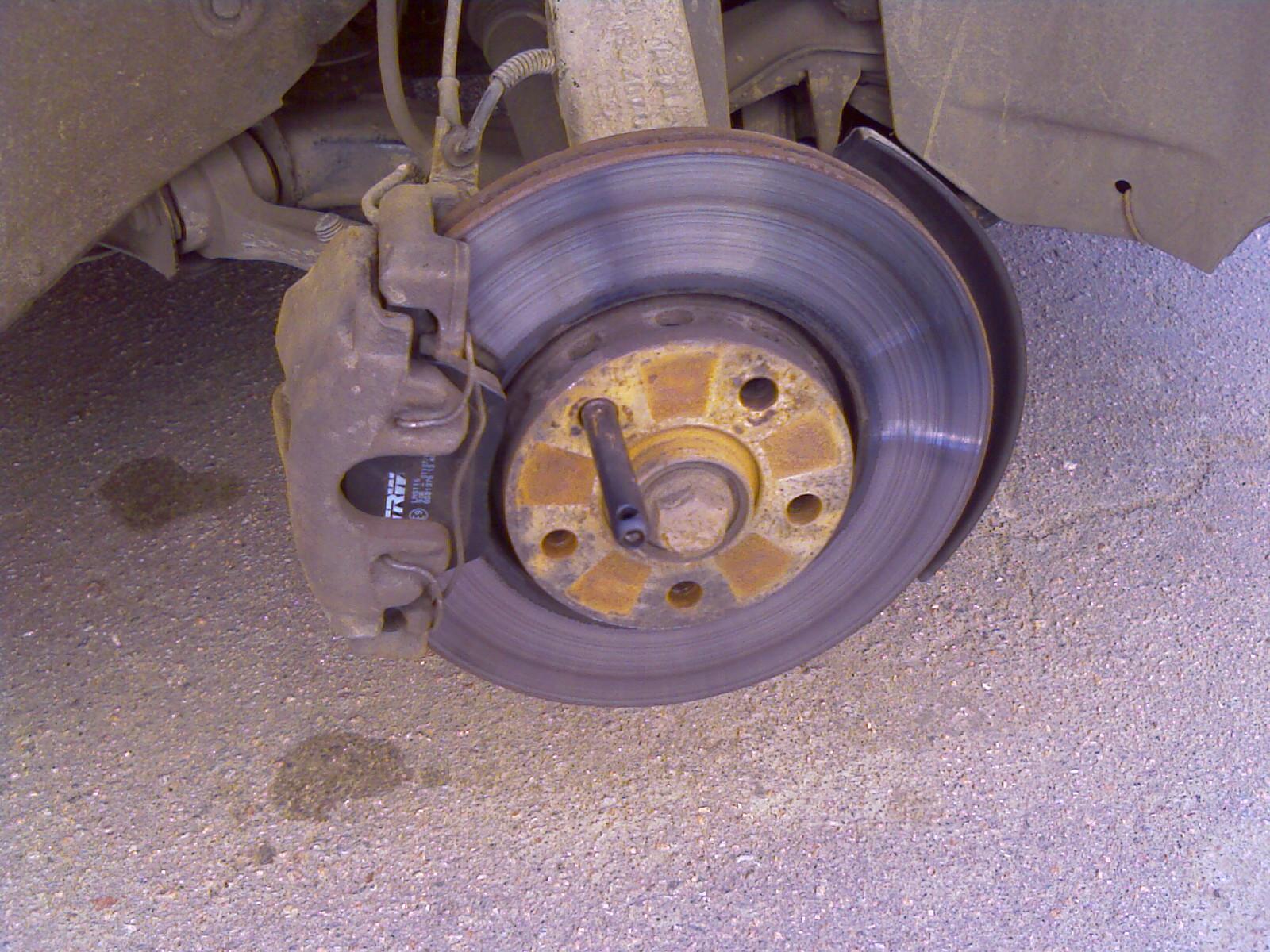 Фото №31 - почему греется тормозной диск на ВАЗ 2110